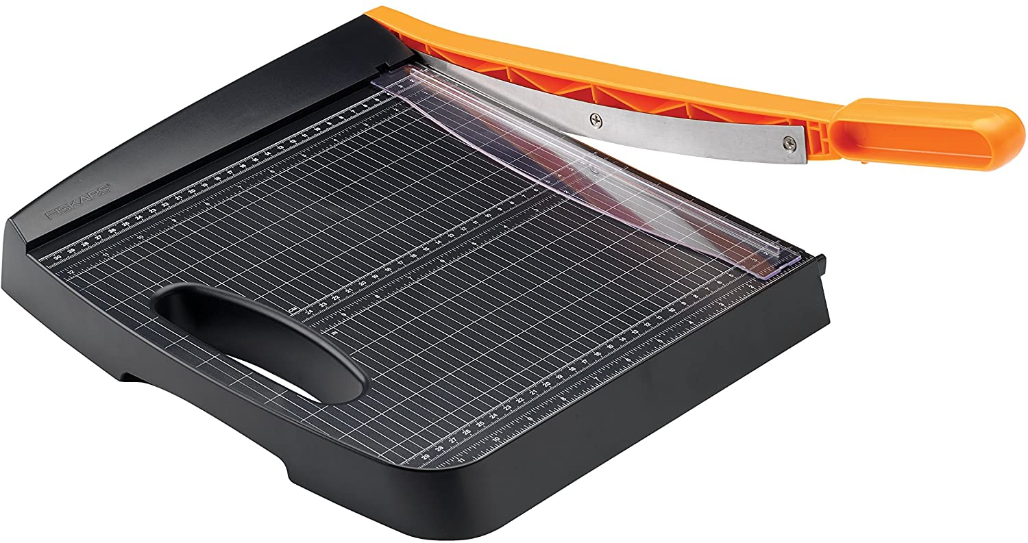 FISKARS RECYCLED BYPASS 12-INCH TRIMMER